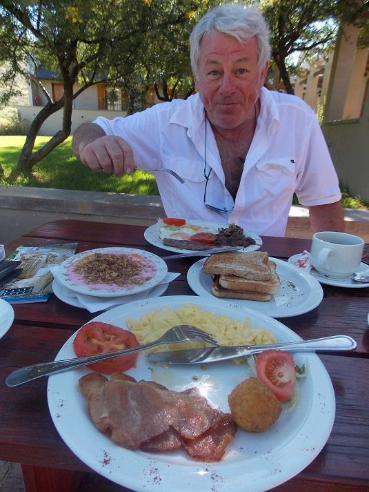 Petit déjeuner proposé par le parc au Karoo, c'est énorme ! Afrique du sud