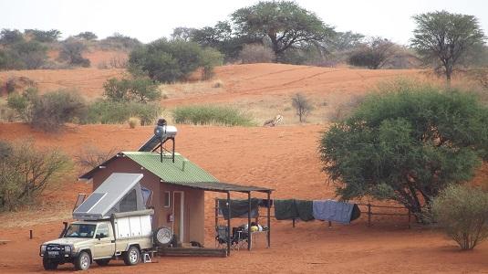 "Photo msiafricaroadtrip.com Emplacement camping à ""Bagatelle"" dans le Kalahari Namibie."