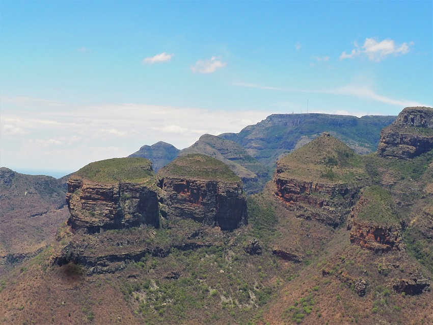 Photo msiafricaroadtrip.com Blyde River Canyon les Three Rondavels. Afrique du Sud