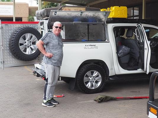 JP chez Bushlorelore Afrique du Sud nous récupérons notre buhscamper.